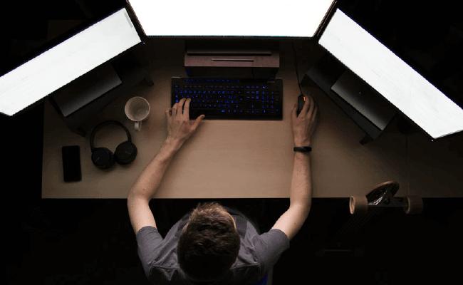 Como estudar programação e se tornar o mestre dos códigos